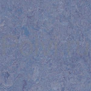 Линолеум натуральный Marmoleum Real 3270/327035 violet